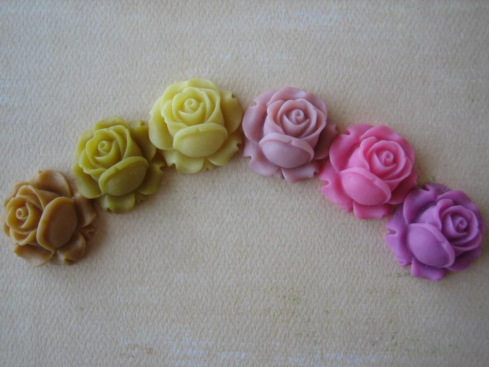 6PCS - Mixed Yellows and Pinks - Resin Rose Flower Cabochons - 26mm - Matte Finish - Cabochons by ZARDENIA
