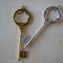 2PCS - Antique Silver & Gold Color Key Charms - Lead and Nickel Free - 77mm - Findings by ZARDENIA